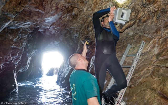 Installation of infrared cameras in sea caves